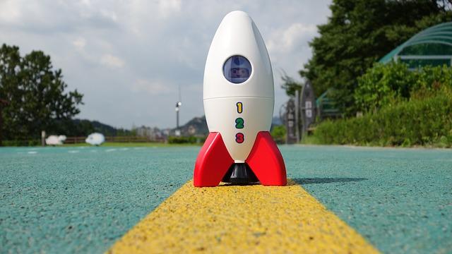 rakieta zabawka